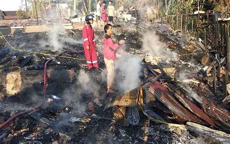 kerugian kebakaran  desa mangkahui capai rp  miliar