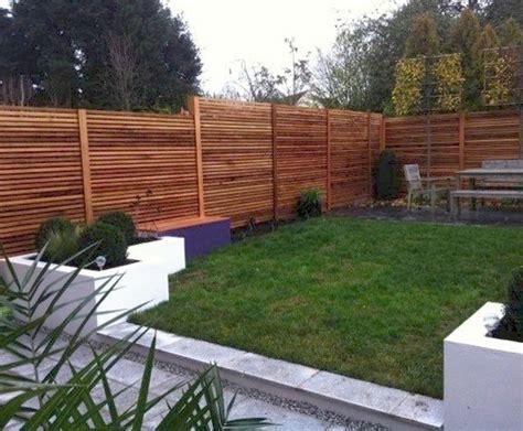 Western Red Cedar Slatted Screens Create A City Garden
