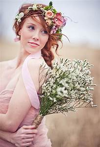 A Rustic Flower Crown with Feathers | Wedding Hairstyles ...