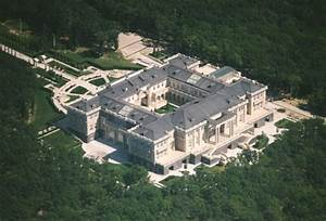 Putin's Palace: Is this the Russian president's vast $1bn ...