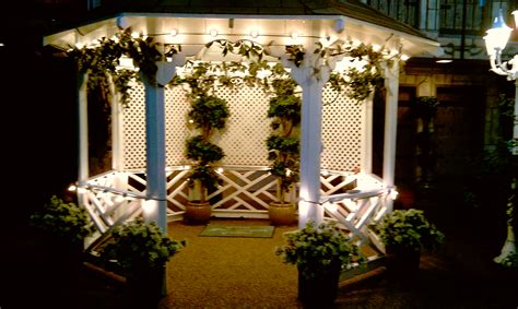 charming outdoor gazebo ceremonies at viva las vegas