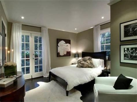 Dark Colored Bedroom Ideas, Small Bedroom Paint Colors
