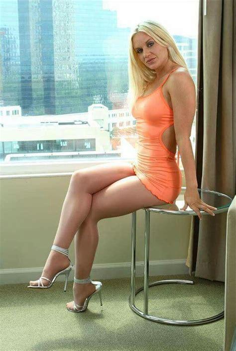 Sexy Beautiful Milf Cougar Milf Pinterest