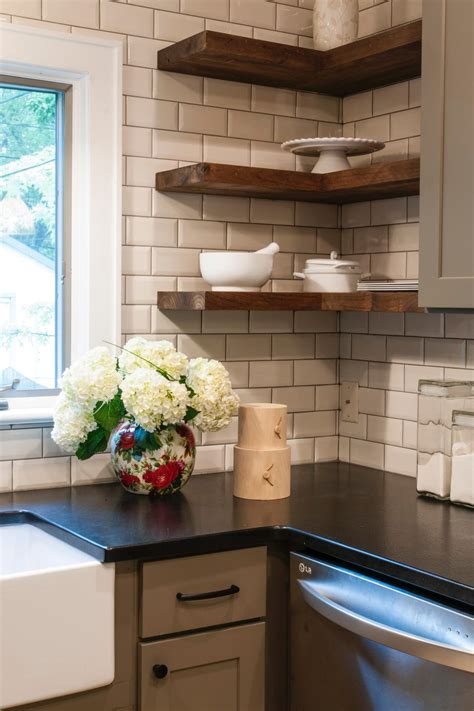 A Wide Range Of Interesting Subway Tile Kitchen Options