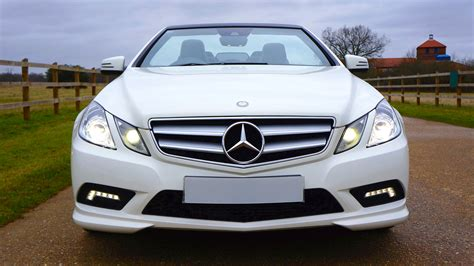Mercedes BenzCar : White Mercedes Benz Car On White Snow Covered Ground At