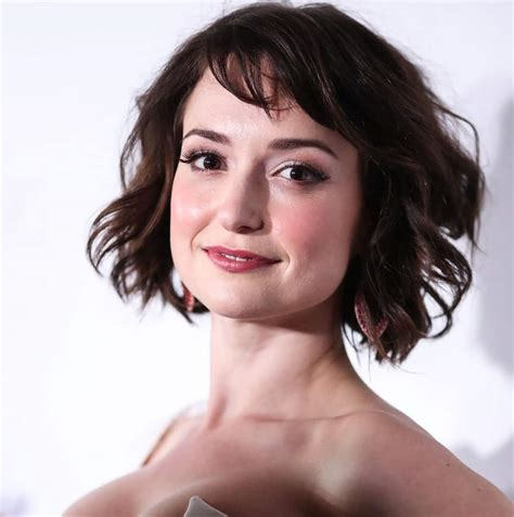 milana vayntrub net worth milana vayntrub net worth photos wiki more