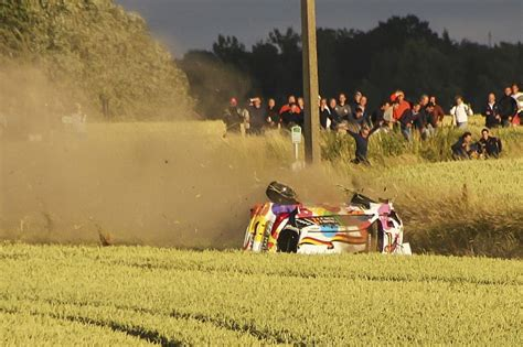 Thierry Neuville Rallye Beinahe Crash by Hyundai Ace Thierry Neuville Crashes Out Of The Lead Of