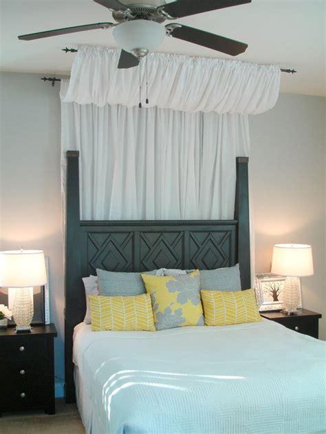 love  curtain    bed dwellings  devore easy diy canopy
