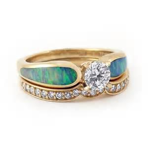 Yellow Gold Diamond Wedding Rings