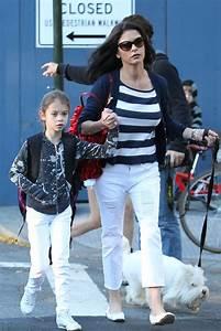 More Pics of Catherine Zeta-Jones Leather Shoulder Bag (13 ...