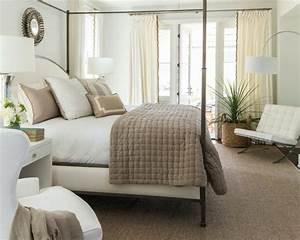 Spiegel Deko Ideen : 77 deko ideen schlafzimmer f r einen harmonischen und einzigartigen schlafbereich ~ Markanthonyermac.com Haus und Dekorationen