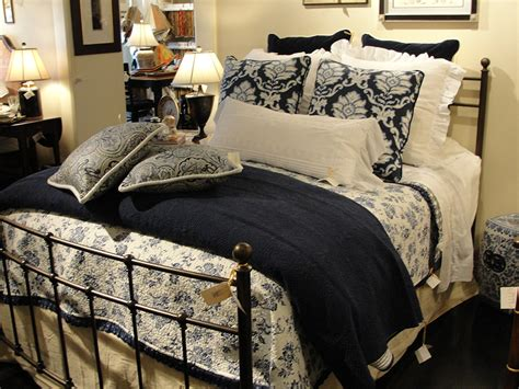 how to make a comforter dreaming of a beautiful bed here s how to create one