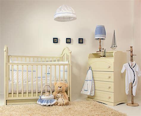 décorer une chambre de bébé le magazine ripolin comment décorer une chambre de bébé