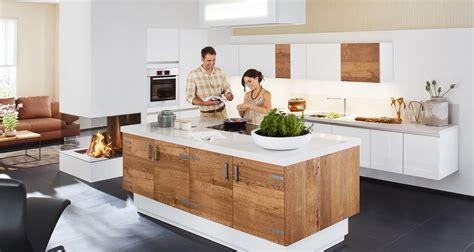 ilot centrale de cuisine agencement de cuisines salles de bains et dressings