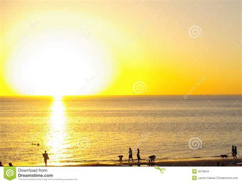 Bid Bid Big Sun Henley Stock Images Image 4510844