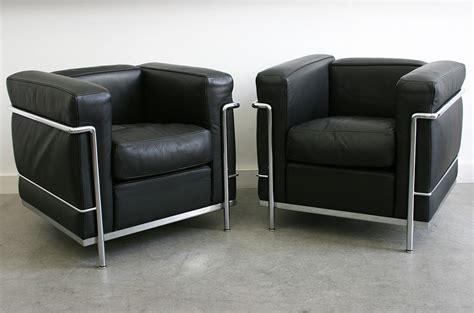 edition canap le corbusier fauteuil lc2 28 images fauteuil le
