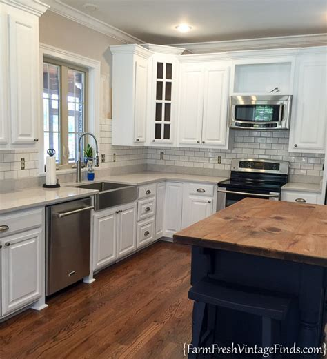 How to Achieve Flawless White Kitchen Cabinets   Farm