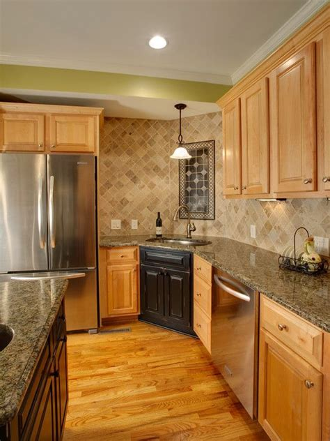 maple cabinets with granite countertops 88 best images about granite kitchen countertops on