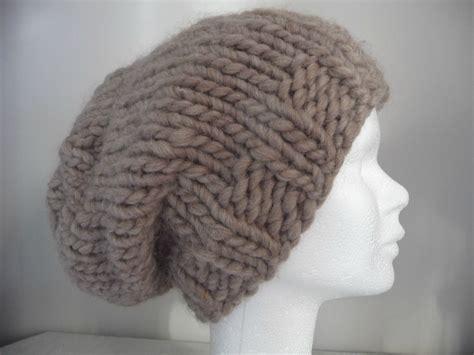 comment faire un pouf en tricot comment tricoter un bonnet de