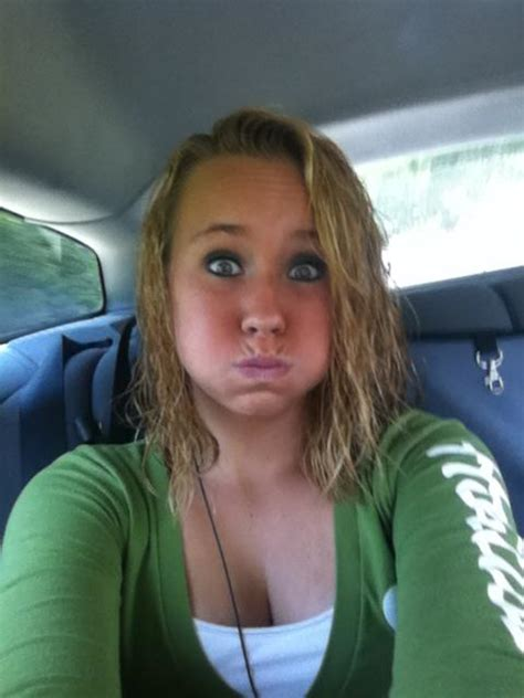 Hot Young Teen With Nice Lips Tits They Crave Cum