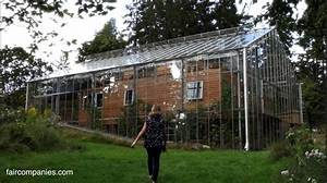 Serre Maison Du Monde : ce couple vit dans une maison serre cologique ~ Premium-room.com Idées de Décoration