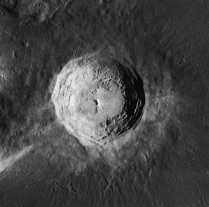 Aristarchus (crater) - Wikipedia