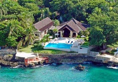 house with 4 bedrooms punta aguila 9 oceanfront villa at casa de co provaltur