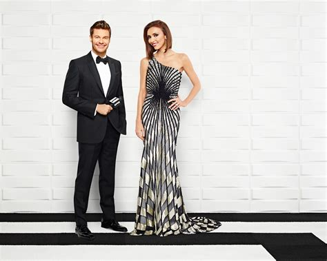 """#goldenglobes Ryan & Giuliana Anchor E!'s """"live From The"""