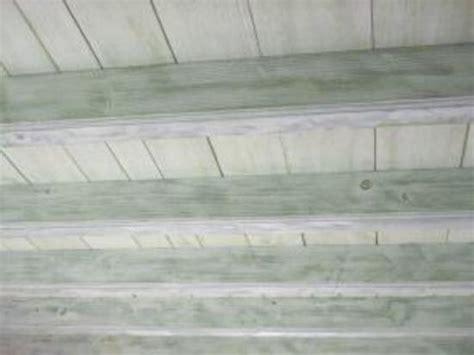 eleonore deco com cuisine poutre plafond rampe bois effet ceruse delphcréation