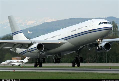 Track Flight Airbus A319-131 (n846ua)