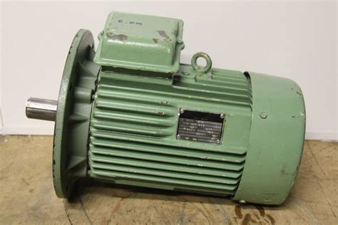 Motor Electric 5 Kw by Electric Motors Vem M132sx2 Electric Motor 7 5 Kw 2300