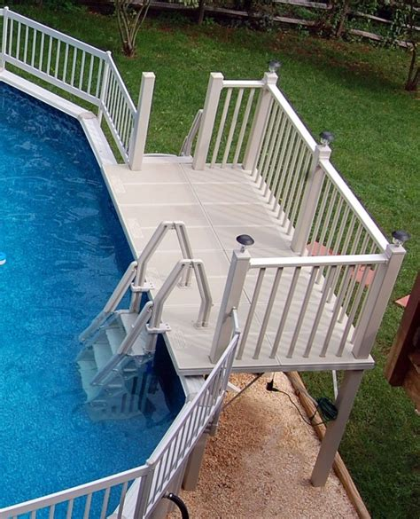 Above Ground Pool Ladder For Deck by Pool Simple And Neat Backyard Landscaping Decoration Using