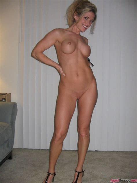 Fit Nude Milf Aged Beauty