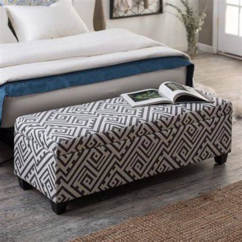 Bedroom Ottoman Bench by 10 Beautiful Storage Ottoman Bench Ideas For The Bedroom