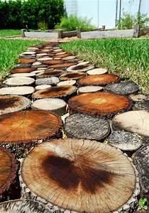 Gartenwege Aus Holz : der neue gartenweg aus holz sieht sehr sympathisch aus ideas pinterest ~ Eleganceandgraceweddings.com Haus und Dekorationen