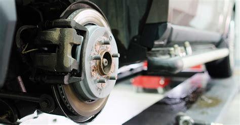 remplacement des freins  disques napa pieces dauto