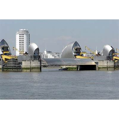 File:Thames.barrier.3.london.arp.jpg - Wikimedia Commons