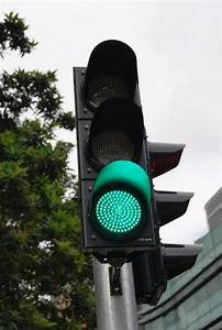File Green Traffic Signal  Stamford Road  Singapore