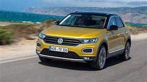 T Roc Volkswagen : vw t roc suv 2017 review by car magazine ~ Carolinahurricanesstore.com Idées de Décoration