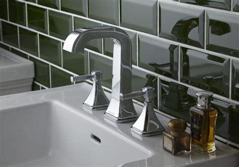 Heritage Bathrooms Wynwood Suite With 3 Taphole Basin