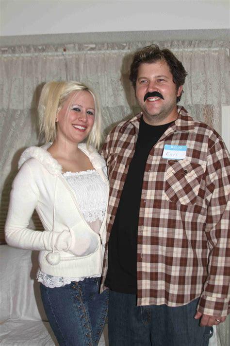 foto de DIY Couples Halloween Costumes (10+ Ideas) Mommysavers