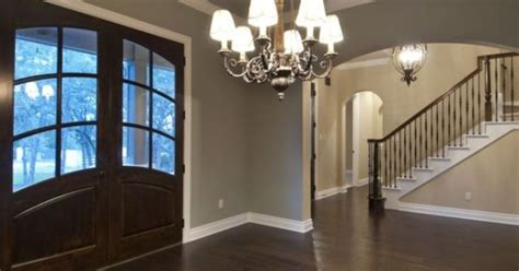 sherwin williams  escape gray sleepy hollow