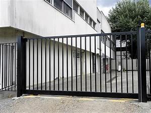 Portail De Garage Coulissant : portail coulissant access api 44 portail motorisation ~ Edinachiropracticcenter.com Idées de Décoration
