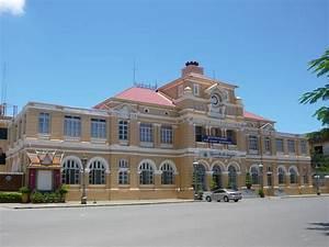 File:Central.Post.Office.Poste.Phnom.Penh.1.Cambodge.jpg