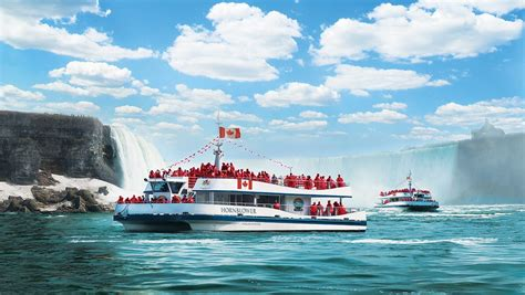 Niagara Falls Boat voyage to the falls boat tour hornblower niagara cruises