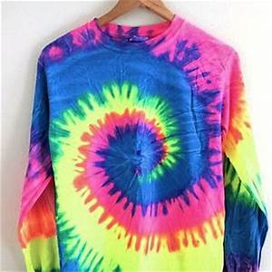 Neon Rainbow Tie Dye Long Sleeve Tee from Era of Artists