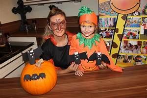 Basteln Halloween Mit Kindern : recycling basteln mit kindern fuer halloween party video raffini kinderevents ~ Yasmunasinghe.com Haus und Dekorationen
