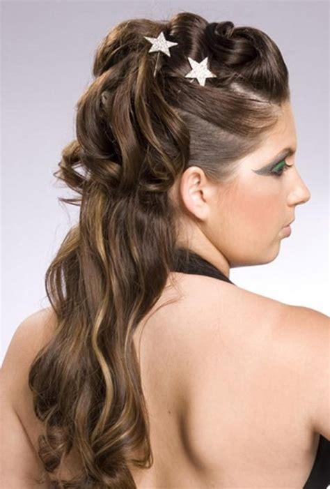 20 beautiful half up curly hairstyles every should try pretty designs