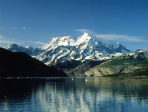 mount saint elias  icy bay gulf  alaska alaska