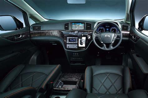 Interior New Nissan Elgrand 2014